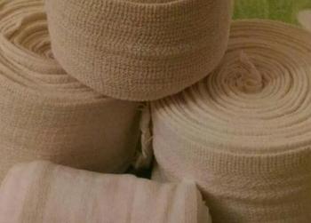 Эластичные бинты при варикозе: как бинтовать и накладывать, сколько носить, какие бинты выбрать